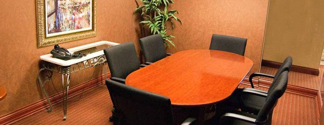 Medium sized Meeting Room